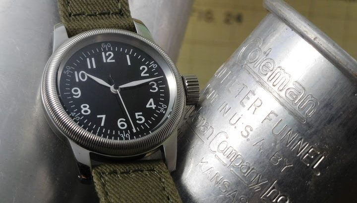 老舗時計メーカー製作の復刻版ミリタリーウォッチ「M.R.M.W」シリーズ